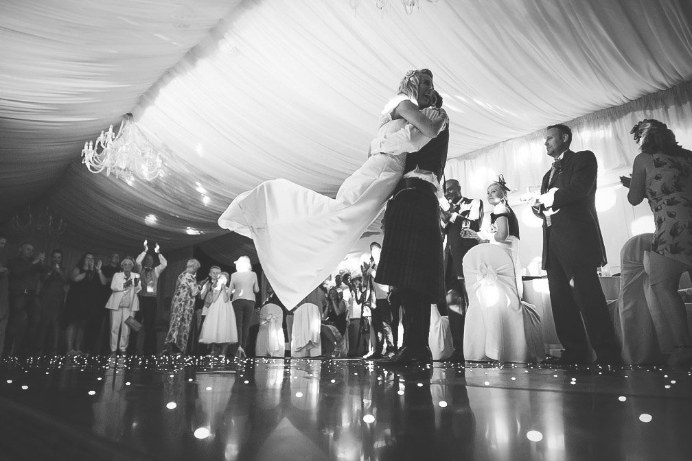 Some simple wedding photography tips